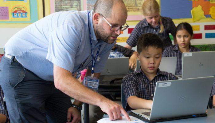 Peak School, Kennedy School and Beacon Hill School won the Hong Kong Green School Awards.